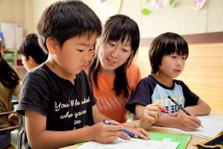 スタッフ募集週1日1.5時間~OK!年中さん~小学生の学習をサポート